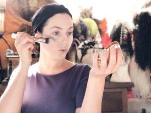Trucco pin up anni 50  il tutorial per un make up vintage 99edfa01354