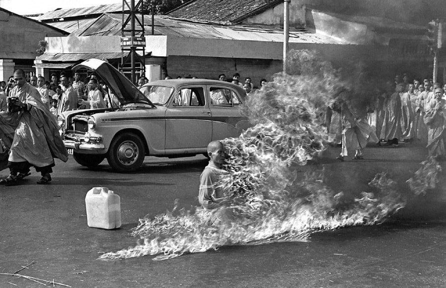 Saigon, 11 luglio 1963. Il monaco buddista Thích Quảng Đức